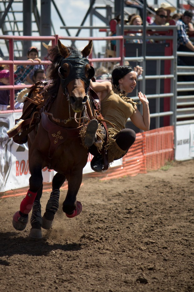 little britches trick rider Cassie Horner