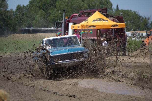 Canada day mud bog 6
