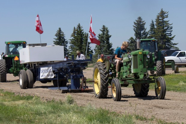 Canada day tractor pull 2