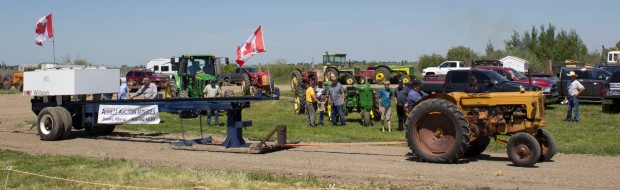 Canada day tractor pull
