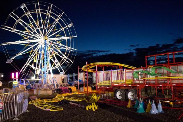carnival shutdown ferris wheel