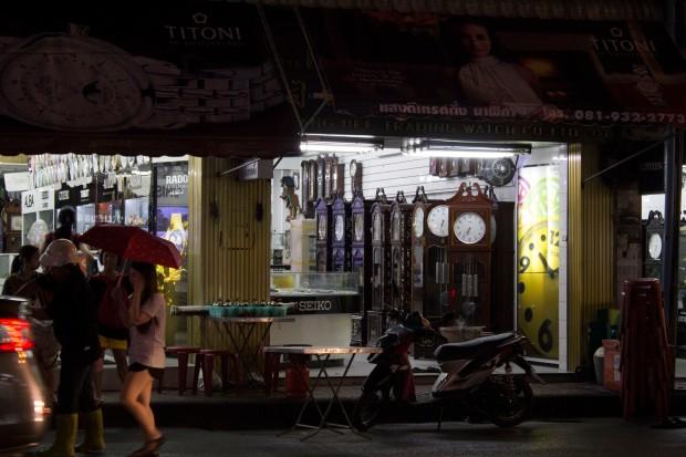 china town clocks