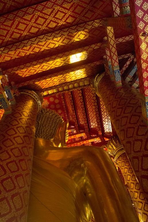 Ayuttaya giant buddha 7
