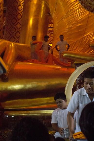 Ayuttaya giant buddha ceremony 2