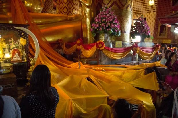 Ayuttaya giant buddha ceremony 6