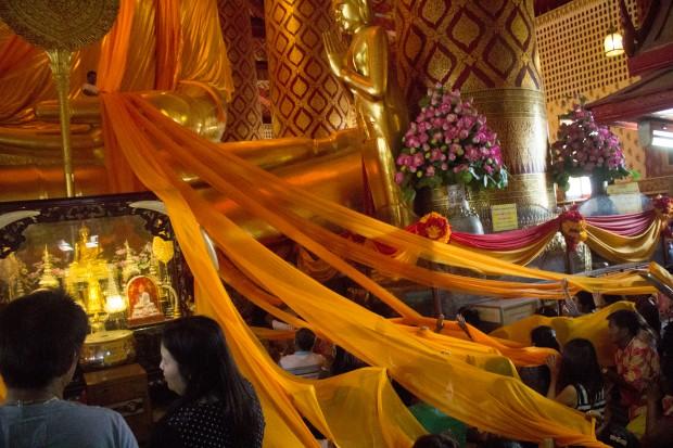 Ayuttaya giant buddha ceremony 8