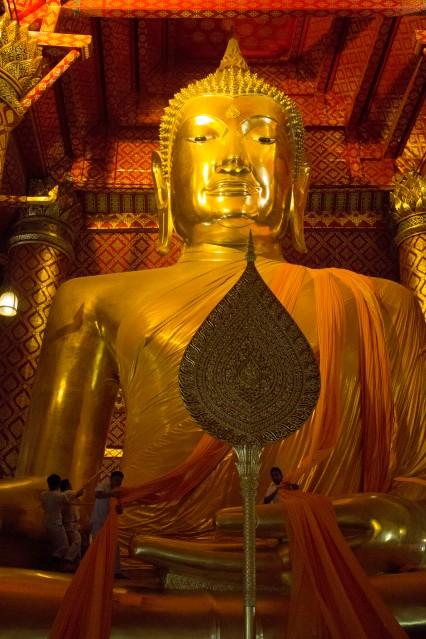 Ayuttaya giant buddha ceremony 8_1