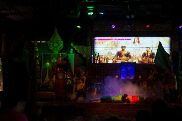 Ayuttaya market theatre 1