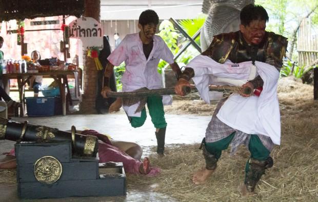 Ayuttaya market theatre 10