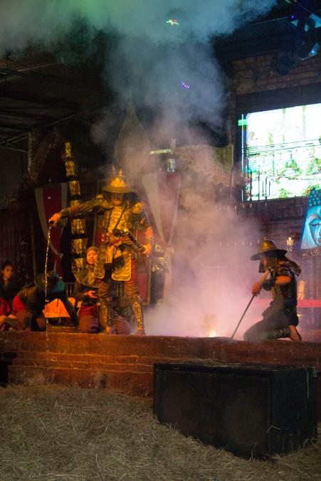 Ayuttaya market theatre 13