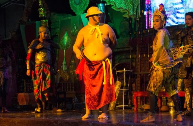Ayuttaya market theatre 3