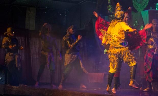 Ayuttaya market theatre 5