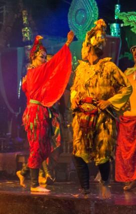 Ayuttaya market theatre 7