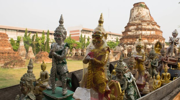 Ayutthaya with Burmese-34